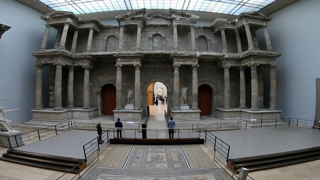 Wyspa Muzeów w Berlinie - Muzeum Pergamońskie - rekonstrukcja Bramy Targowej z Miletu