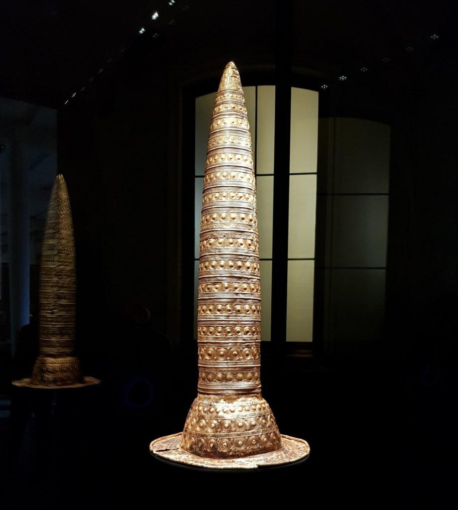 Wyspa Muzeów w Berlinie - Nowe Muzeum - berliński złoty kapelusz