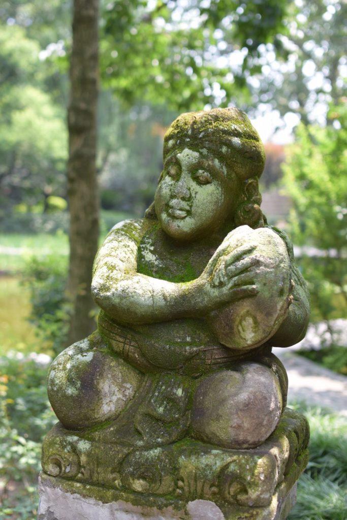 znajdziecie tu masę interesujących rzeźb
