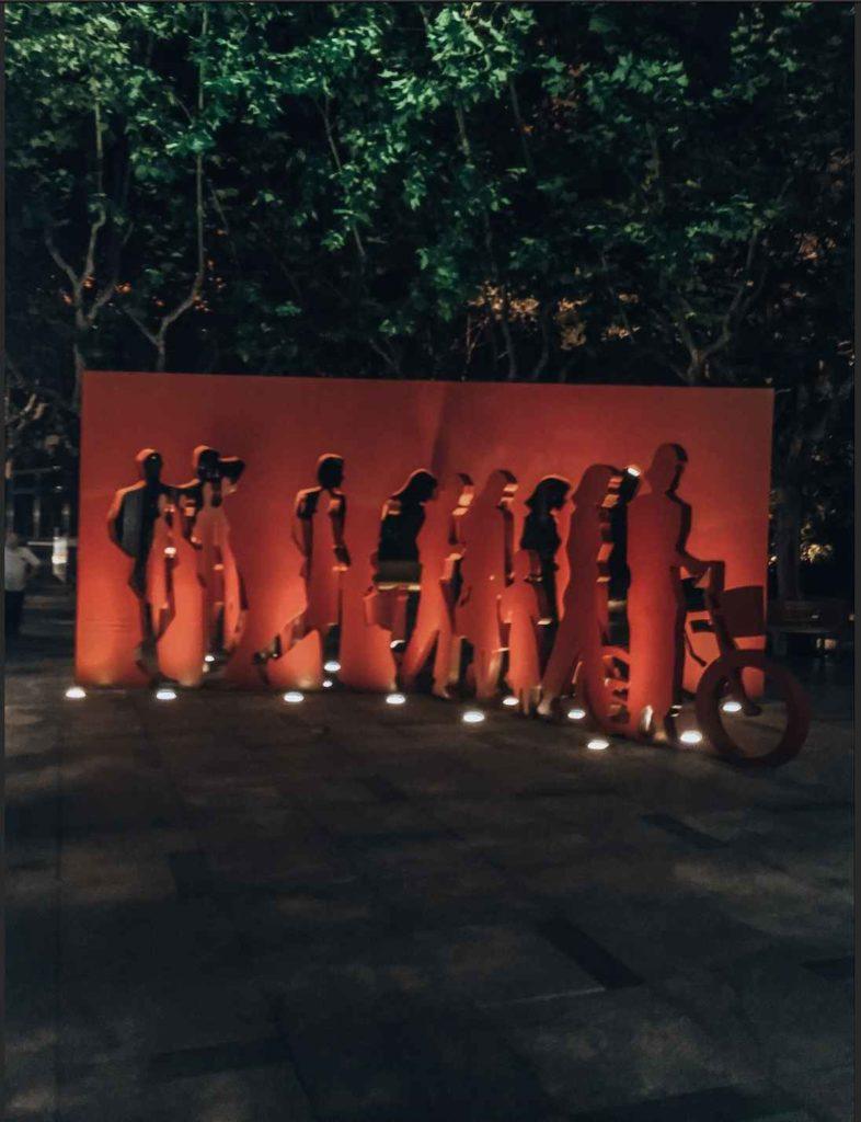 sztuka nowoczesna w okolicy ulicy Nanjing Lu
