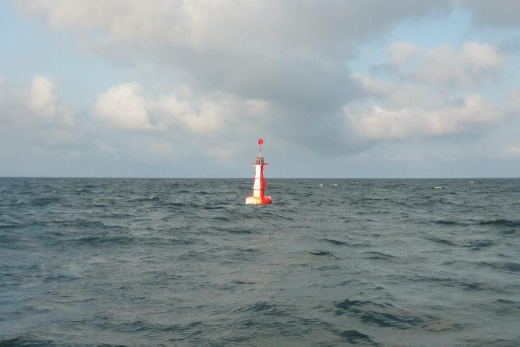 Bałtyk - rejs stażowy - boja bezpiecznej wody