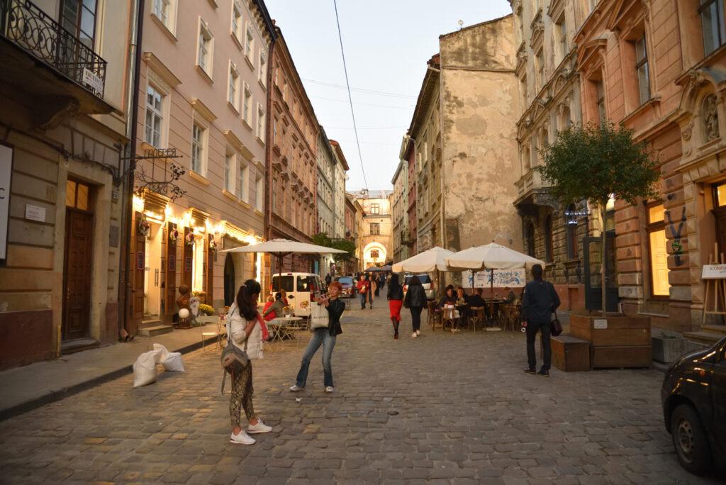 Stare miasto we Lwowie - jedna z bocznych uliczek